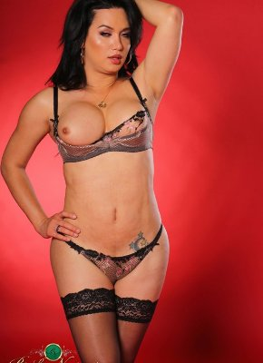 Bianka Nascimento Hot body